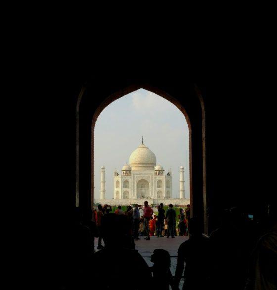 INDIA:  UNA LAGRIMA EN LA MEJILLA DEL TIEMPO